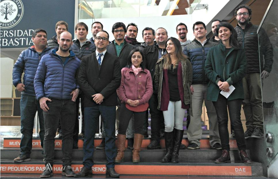 foto grupal implantología BAJA