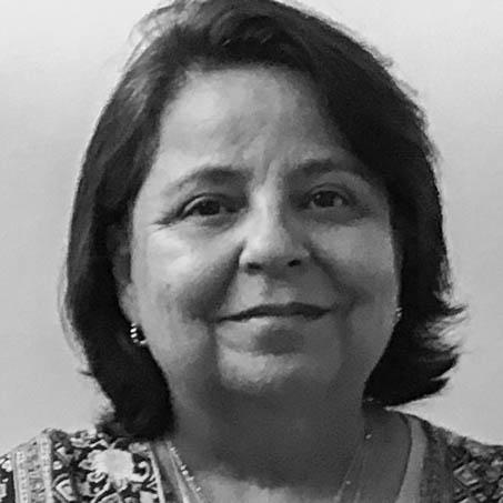 Dra. Paz Valverde Forttes