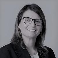 Mg. Mariana Oyarzún Roasenda