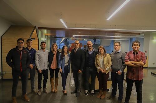Este año se realizar la cuarta versión del diplomado en Santiago. Al centro, el director Gustavo Mazzey y el coordinador Alejandro Signorio.