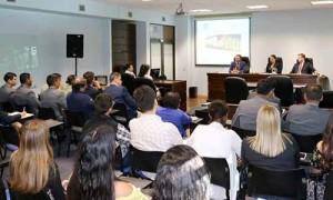 En la clase magistral de la Facultad de Derecho y Gobierno se presentó el máster binacional e interuniversidades qu