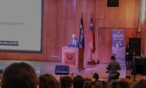 El Ministro de Obras Públicas, Juan Andrés Fontaine, estuvo presente en el seminario.