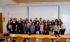Los estudiantes de la sexta versión del diplomado, junto a su director Jorge Valdés.