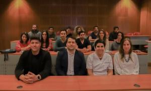 El cuerpo docente del diplomado, junto a los estudiantes de la versión 2019.